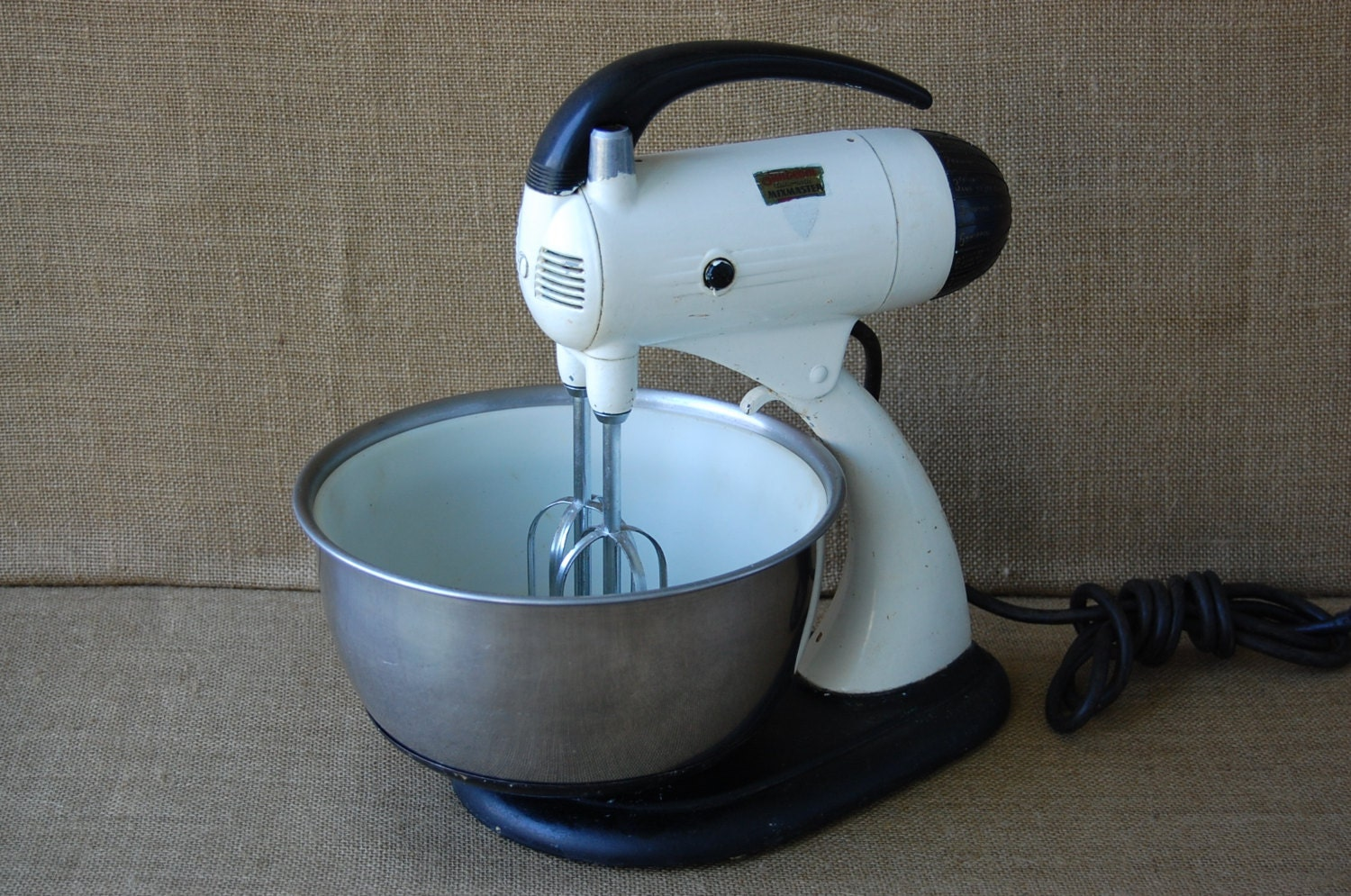 Vintage Sunbeam 10 Speed Mixer With Stainless Steel Bowl Circa