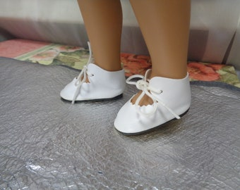 White  Leather Look Doll Shoes-Sasha Doll Shoes -Vintage Shoes