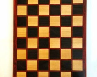Checkerboard pattern cutting board