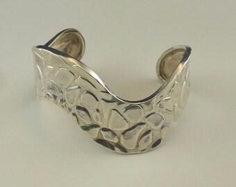 Sterling 925 Mexican Taxco Modernist Wave/Wavy Pebble/Spot Design Cuff/Bracelet