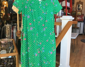 Vintage 50's Style House Dress Frock Green and Floral Pattern Size 14