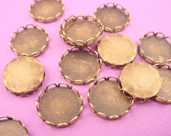 20 brass ox  Round Lace Edge Bezel Cups 10mm
