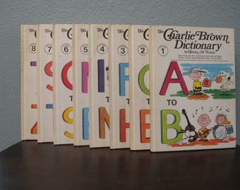 Vintage The Charlie Brown Dictionary by Charles M. Schulz, Rainbow Dictionary, Peanut Gang Book Set