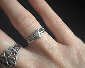 Heart Vintage Sterling Silver Floral Filagree Ring / Size 6 / Gift for girlfriend / For Her / Dragon's Hoard Special Col