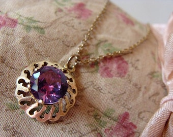 Vintage Necklace Purple Faux Amethyst