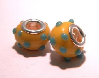 2 charm beads European glass lampwork - yellow - polka dots - 14 x 9 mm-K33-41