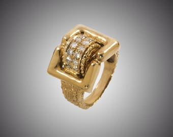 Circa 1940 - 14K Yellow Gold Ring with 0.42 carat (round brilliant) F VS