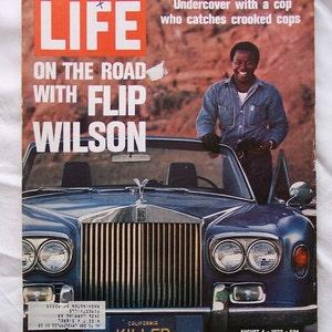 Life Magazine Flip Wilson August 1972 - Geraldine and Killer - ReDuCeD