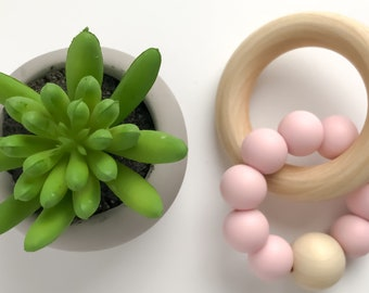 Teether Ring - classic pink