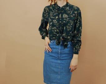 Vintage jean pencil skirt / High waisted Ralph Lauren denim skirt / American made knee length jean skirt / Small and slim denim skirt