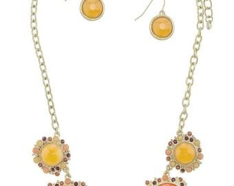 Colorful round faux gem statement necklace set