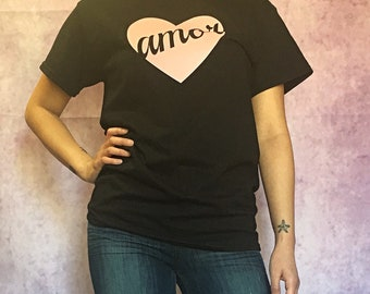 Amor Heart // Graphic Tee