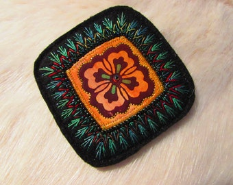 Textile Brooch - Hand Stitched (Ap18-01)