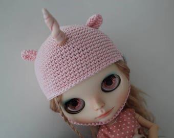 Availible Blythe knitting hat unicorn