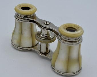 Binoculars of opera in Nacre and brass. Opera/Binoculares in Nacre and brass
