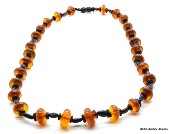 Natural Baltic Amber Necklace 59 cm lenght, 26 grams