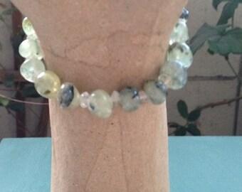 Prehnite Pebble and Clear Quartz Meditation+Psychic Enhancement Bracelet Stackable Stretch Bracelet•Healing Crystals Jewelry•Chakra•ThirdEye