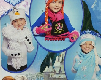 Disney Frozen Childrens Hats,Mittens, and Scarves Pattern Simplicity J0203 Home Sewing Pattern Size S,M,L, Talla Euro P-G
