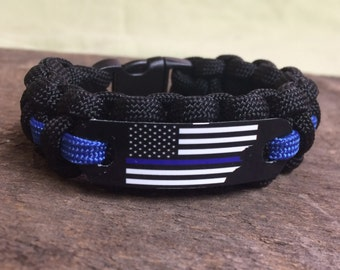 Police Officer American Flag Paracord Bracelet with Thin Blue Line, Fathers day gift for him, Law enforcement gift idea for police week