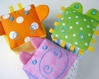SALE - PDF ePATTERN - Giraffe, Gator and Pig Blocks for Baby - Toy Sewing Pattern