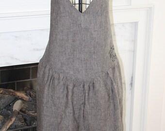 Women's Vintage Inspired Apron, Black Linen