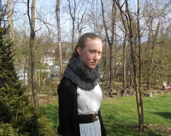 Gray wool Outlander inspired chunky knit cowl