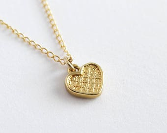 Gold Heart Necklace, Tiny Heart Necklace, Heart Necklace, Love Necklace, Valentine's Day Gift, Everyday Necklace, Minimal Necklace