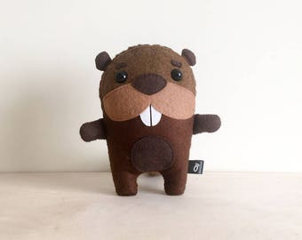 Beaver SEWING PATTERN PDF - Make Your Own - Instant download - Creative Activity Kit - Beaver Plush Animal Toy - Beaver Lover