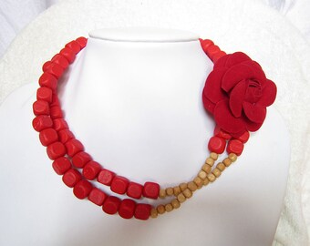 Hot Gift,New Red Square Wodden Beads Necklace,Beige Bead,Red Rose Flower Necklace,Party Gift Bridesmaid Necklace,Choker Wedding Necklace