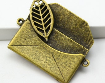 2Pcs Antique Brass envelope Charm envelope Pendant envelope connector 31x30mm (PND302)