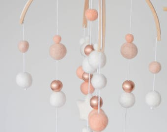 Baby mobile, baby mobile copper bean white