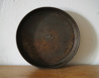 Vintage Baking Tray - Rusty Baking Tray - Pie Dish - Pie Tin