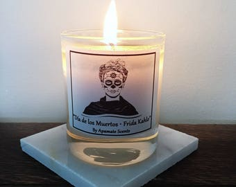 Day of the Dead, Dia de los muertos Candle. Candle with Frida to celebrate Christmas. Gift idea for Frida fan. Frida Kahlo scented candle