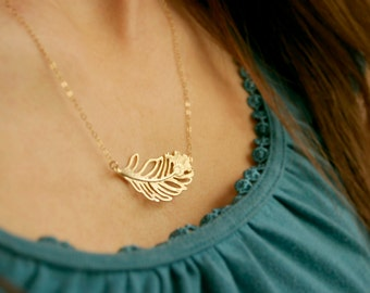 Gold sideways feather necklace / Feather necklace / Layering necklace / Simple gold necklace / Sideways feather / Necklace to layer