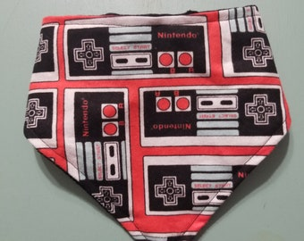 Nintendo Bandanna Drool Bib Bibdanna / Retro Remote Control / Geek Video Game Nursery / Baby Boy Shower Gift /