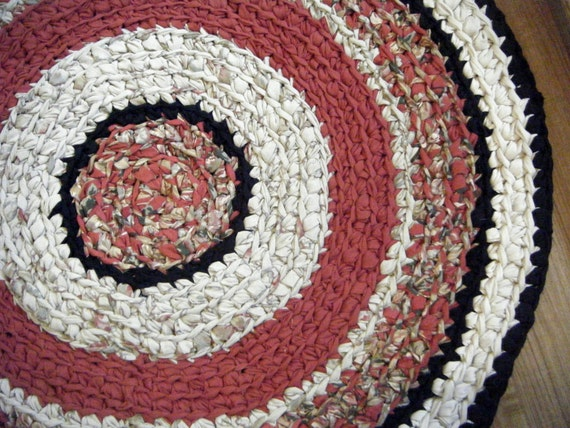 Red And Black 3 Foot Round Rug For Etsy