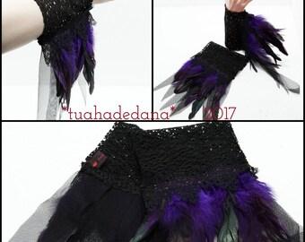 Armstulpen gothic spitze mit Fransen und Federn / cuffs lace feathers