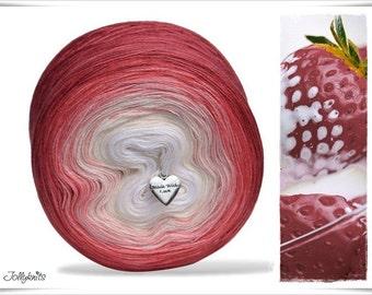 Gradient Yarn Merino Strawberry & Cream 500m