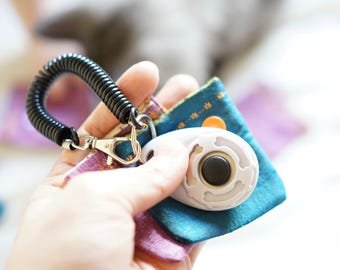 Clicker Cozy - Clicker Training - Quiet Clicker - Gifts for Animal Trainers - Sensitive hearing pets