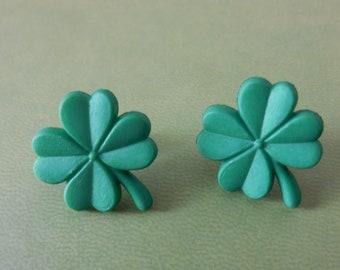 Shamrock Earrings (Kelly Green)
