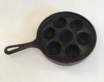 Vintage Cast Iron Aebelskiver Danish Pancake Balls Pan, Griswold Aebelskiver, No 32, 962, Muffin Cake Pan, Egg Poacher Cast Iron Pan