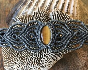 Stunning tigereye bracelet