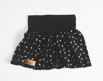Scalable skirt black white birds