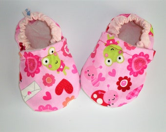 Soft sole pink baby shoes baby shoes Baby boy mocassins Indoor baby shoes First walker shoes Toddler vegan shoes Infant slippers