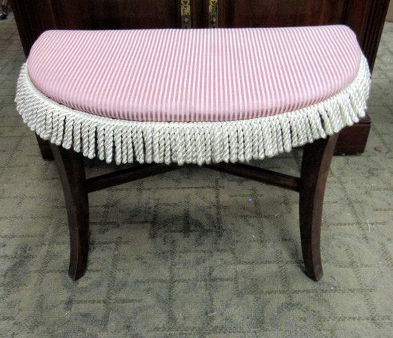 Vintage vanity bench