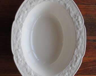"""English Crown Ducal Florentine White Porcelain China Oval Serving Vegetable Bowl 10"""""""