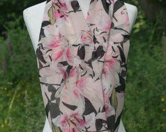 Lily print chiffon infinity scarf, beautiful oriental lillies fabric summer scarf / handmade loop scarf, gift for mum/friend / wife