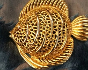 Gold tone metal puffer fish brooch
