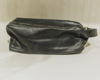 Black Leather Dopp Kit, Handmade, Ethiopia, Fairtrade, Women Empowerment, Top grain leather, Leather Toiletry Bag
