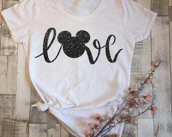 Disney Love tshirt- Disney shirts for family- Disney shirt adult- Kids Disney shirts- women clothing- Disneyland- Disney gift- Disney ears